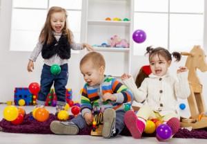 Bei einer bestehenden Scharlach-Infektion oder Verdacht darauf darf das Kind keine Gemeinschaftseinrichtung besuchen.